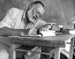 Ernest Hemingvej (Ernest Hemingway)