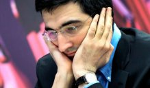 Fritz (Computer) - Vladimir Kramnik 0:1