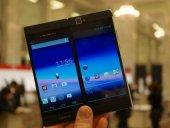 Medias W - pametni telefon sa dva ekrana