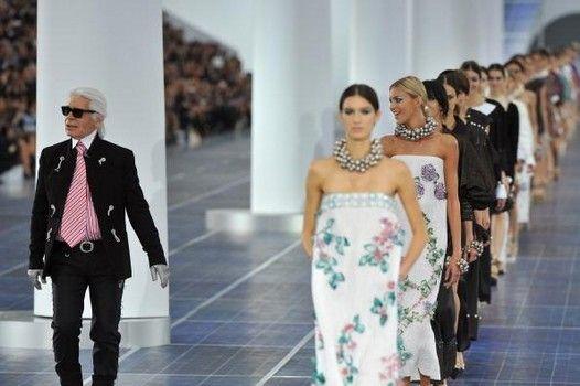 dizajnirao je još jednu prelepu kolekciju Chanel proleće/leto 2013