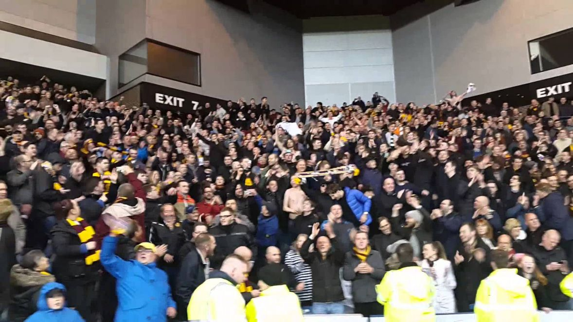 Motherwell fans Twist and Shout at Ibrox...